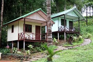 Homedesigncentral Guest Houses